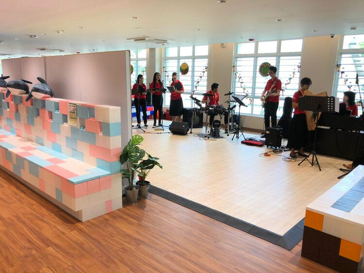 Setup your dance studio with flooring tiles and EverBlocks