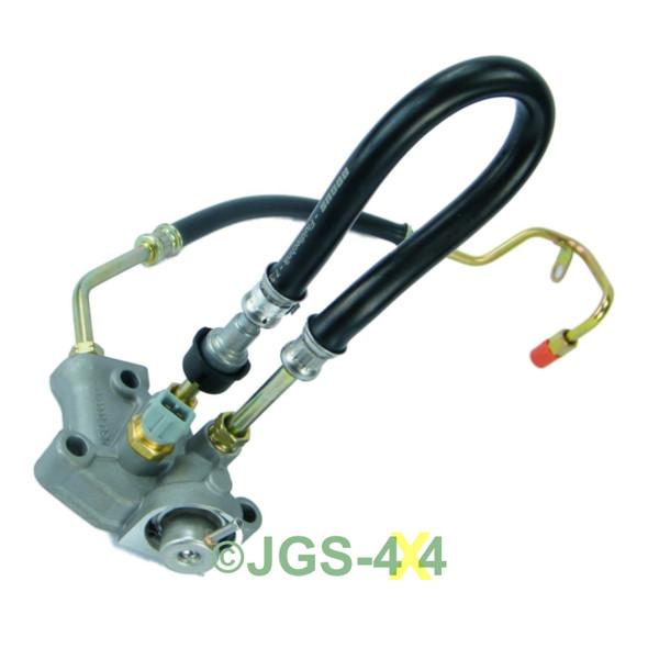 Land Rover Defender TD5 Fuel Pressure Regulator 2 Pipe FPR OEM - LR016318