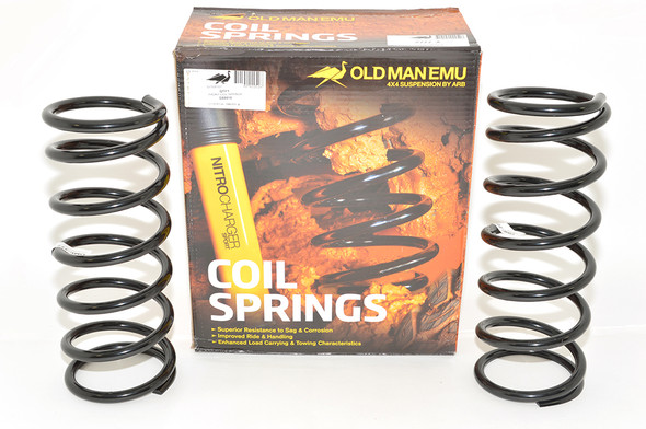 JGS4x4   Land Rover Discovery 2 L318 OME Front Coil Springs Plus 40mm Light Load - DA8915