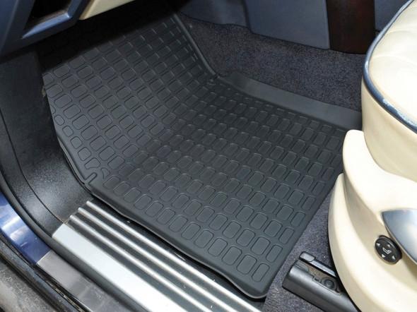 Land Rover Range Rover L322 Rubber Floor Mat Set Black RHD - DA4806