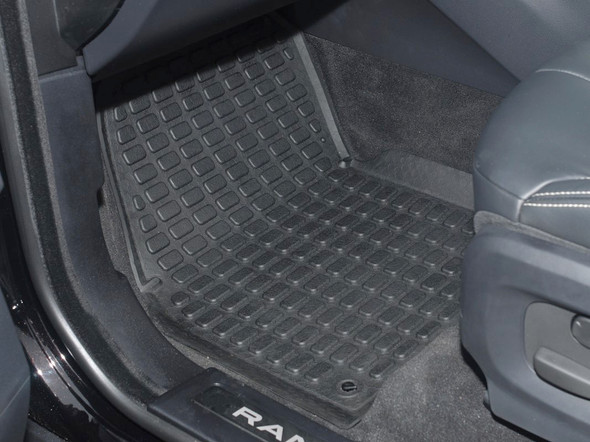 Land Rover Range Rover Evoque Rubber Floor Mat Set Black RHD - DA4812