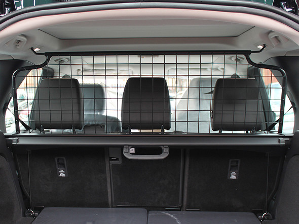 Land Rover Discovery 5 L462 Dog Guard Half Height Mesh - VPLRS0375