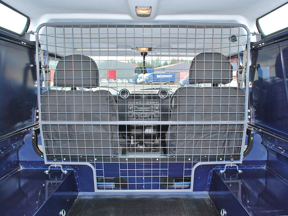 Land Rover Defender 110 Dog Guard Full Height Single Piece Mesh Type - STC7555
