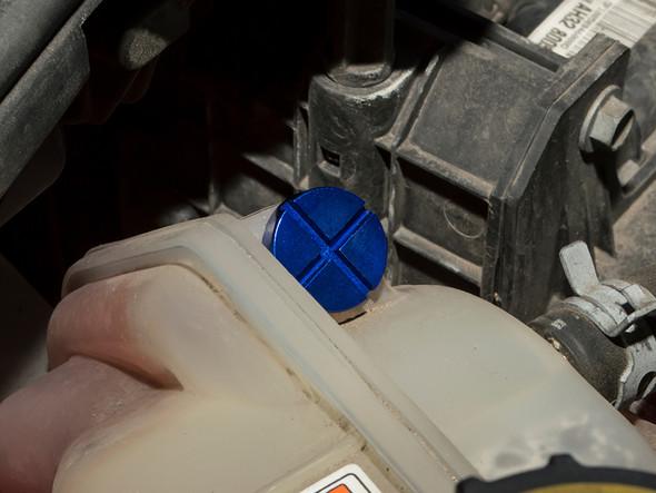 Land Rover NEW Defender Coolant Overflow Container Bleed Screw Blue Aluminium - LR055301BLUE