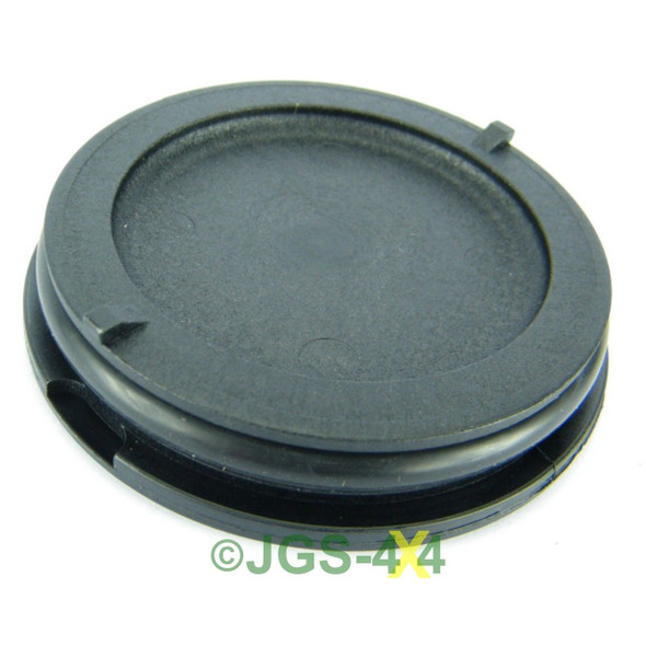 Land Rover Discovery 2 & Defender TD5 Front Camshaft Seal - LDI100030