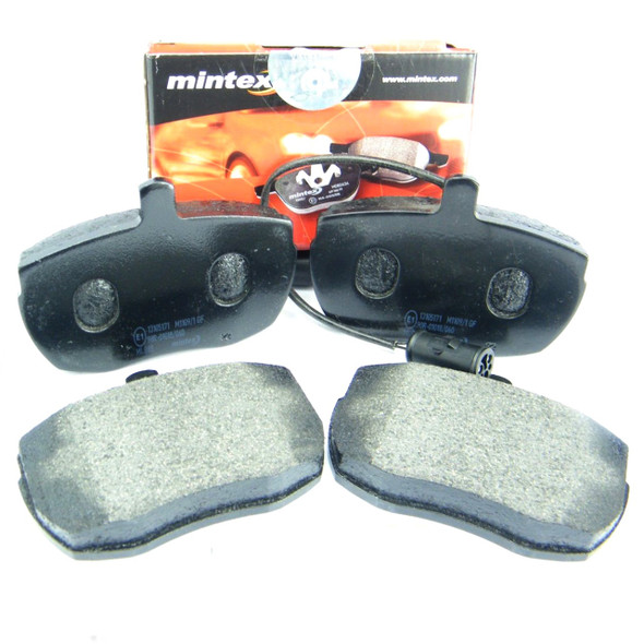 Discovery 1 & Range Rover Classic Front Brake Pad Set - SFP500220