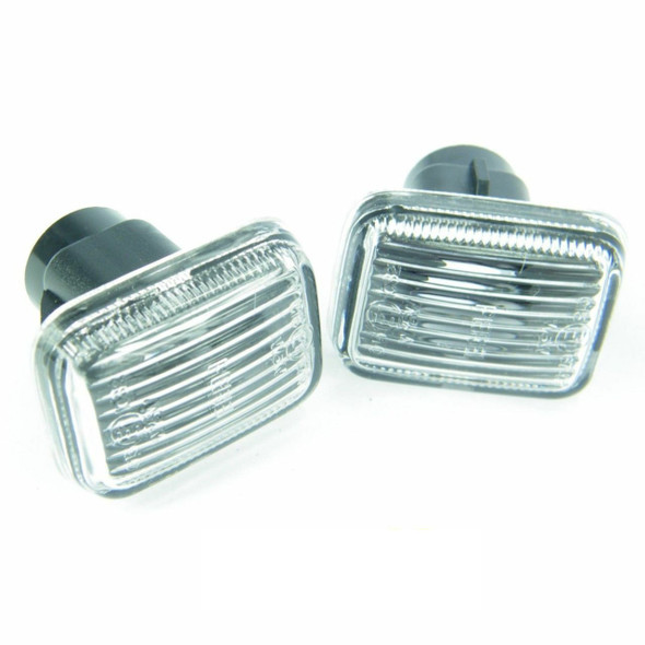 Defender Discovery & Range Rover P38 Clear Side Indicator Lamp x2 - XGB100280