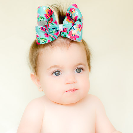 Oaklee. Hawaiian Floral Big Hair Bows.