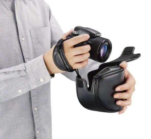 Sony LCJ-HL/B Jacket Case for the DSC-HX300 and DSC-HX400V (Black)