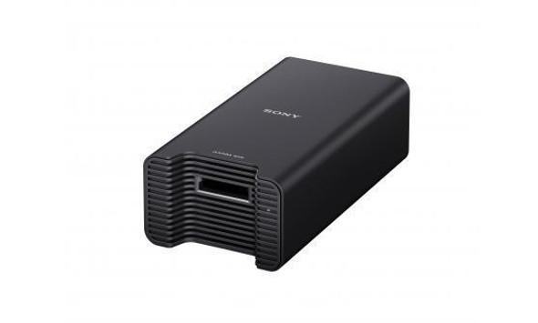 Sony AXS-AR1 - Card reader (SxS Memory Card) - Thunderbolt2 - for A-Series AXS-A1TS24, AXS-A1TS48, AXS-A256S24, AXS-A512S24, AXS-A512S48