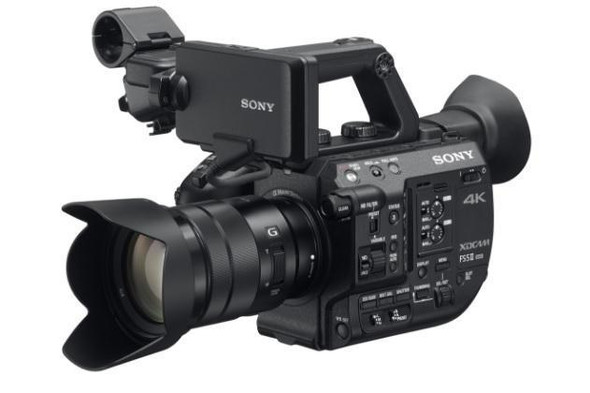 Sony XDCAM PXW-FS5M2 - Camcorder - 4K / 60 fps - 11.6 MP - body only - flash card - Wi-Fi,NFC
