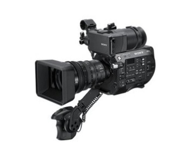 Sony XDCAM PXW-FS7 II - Camcorder - 4K / 60 fps E PZ 18-110mm F4 G OSS lens - flash card - Wi-Fi