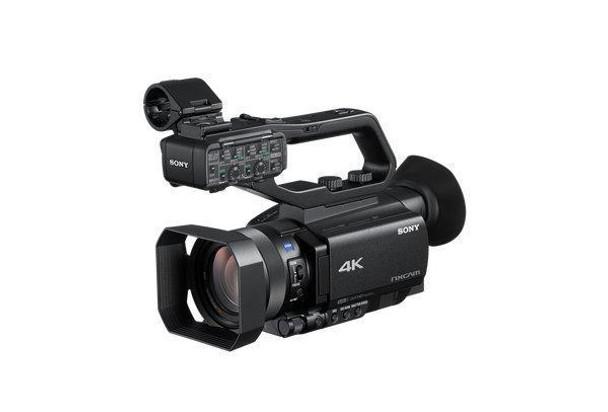 Sony NXCAM HXR-NX80 - Camcorder - 4K / 30 fps - 20.0 MP - 12x optical zoom - Carl Zeiss - flash card - Wi-Fi,NFC