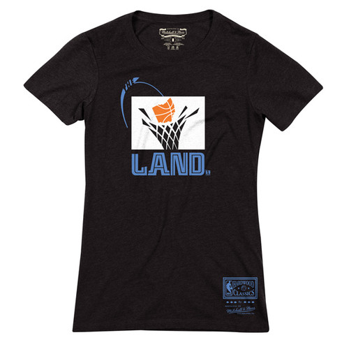 super popular b77f8 d95f6 Ladies Apparel & Accessories | Cleveland Cavaliers Team Shop