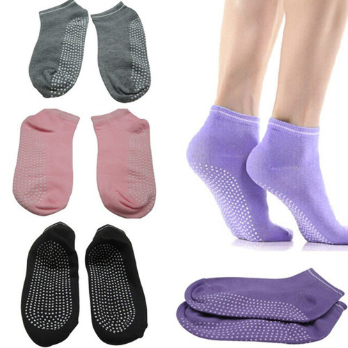 New Arrival Fitness Ladies Girls Women Pilates NonSlip Grip Socks 5 Colors Can Choose calcetas mujer