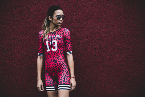 Triathlon Suit LOVE THE PAIN Womens Trisuit short sleeve cycling skinsuit team clothing uniformes de ciclismo para mujer go pro