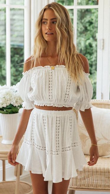 2021 Summer Two Piece Sets Women Bohemian Casual Beach Skirts 2Pcs Sets Lace Off Shoulder Crop Tops and Short Pleated Skirt