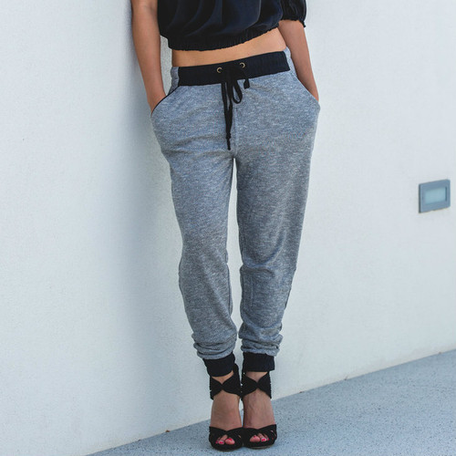 FEELING CHIC GRAY JOGGERS