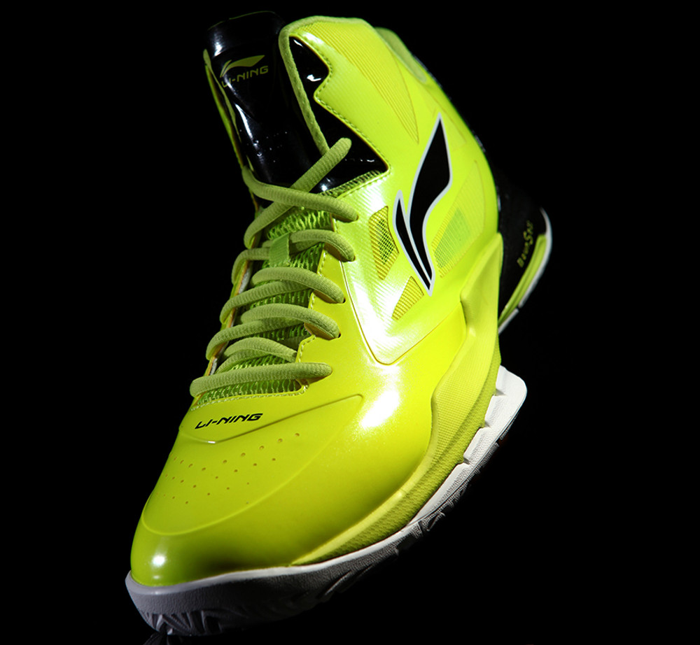 "Professional Basketball Shoe ""Pirate"" ABPH125-2"