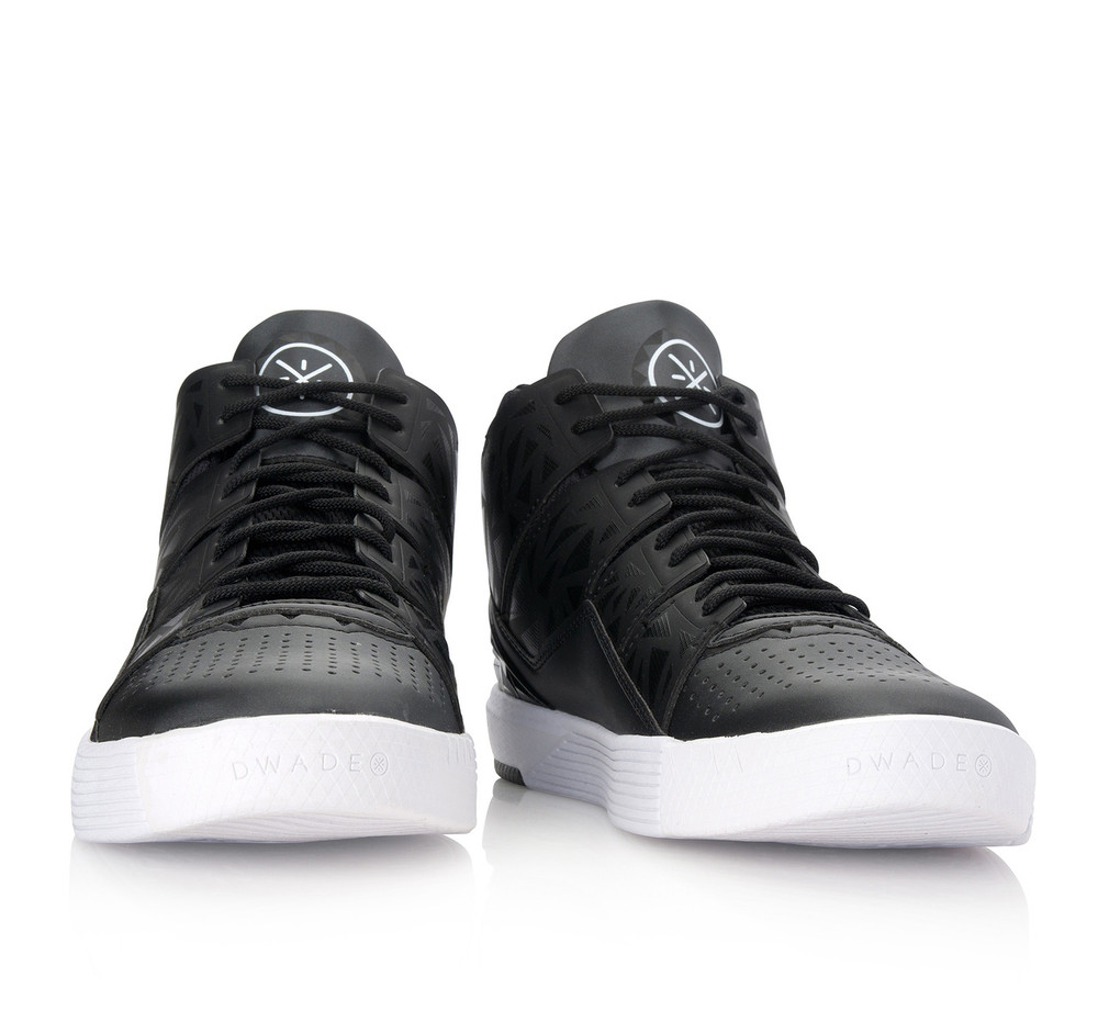 Wade ChillOut 4 Black White