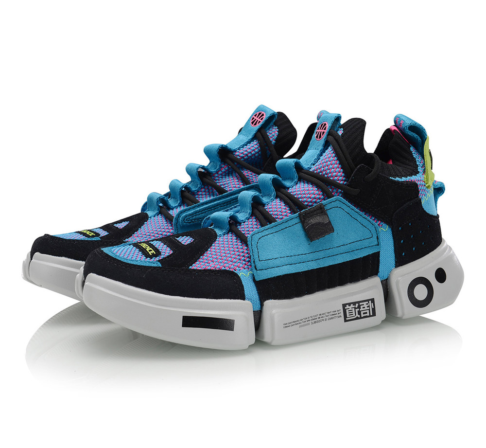 Li-Ning Paris Fashion Week Essence ACE II Men Sneaker ES