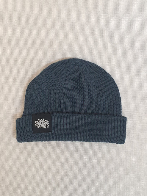 KINGPIN TAG CABLE BEANIE BLACK LABEL / PETROL BLUE