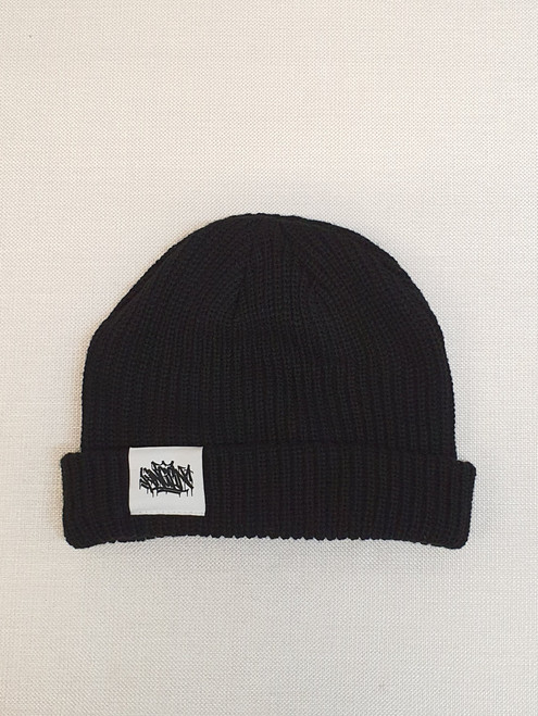 KINGPIN TAG CABLE BEANIE WHITE LABEL / BLACK