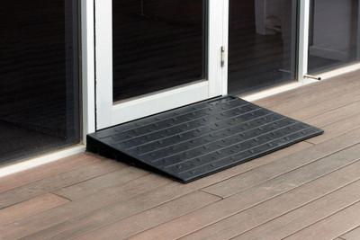 Access Ramp 1070x609x63 - BLACK Rubber