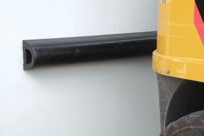 Rubber Dock bumper 100 x 100 x 910 (6.9kgs)