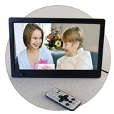 Digital Photo Frame plays photos, music, movies and photos with music
