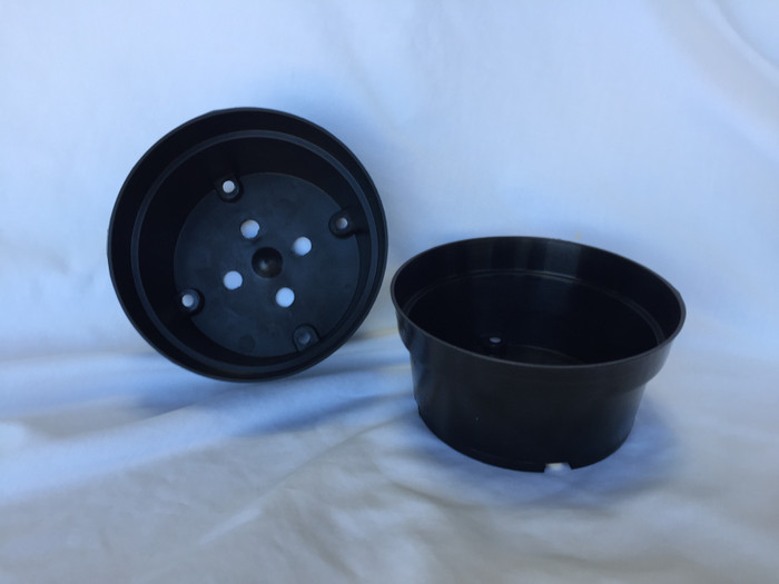 Two Black Plastic Bulb Pans