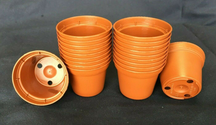 Plastic Flower Pots, 5 cm. TO5 Poppelmann, Lot of 20 new.