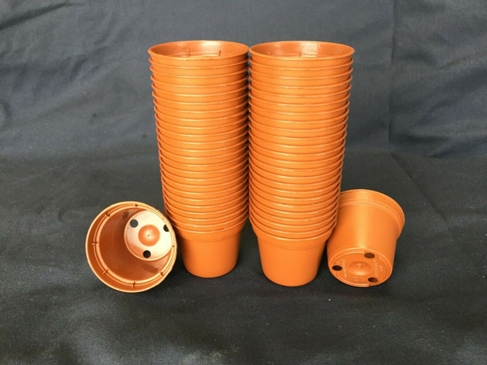 Plastic Flower Pots, 5 cm. Poppelmann TO5, Lot of 50 new