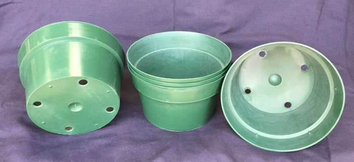 "Bulb Pans, 6"" Green Plastic, Lot of 5 Pots"