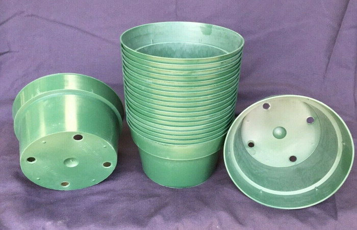 "Bulb Pans, 6"" Green Plastic, Lot of 20 New"