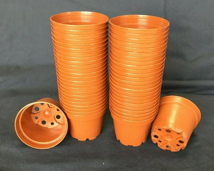 Plastic Pots, TO6D, Poppelmann, 6 cm. Lot of 50 New