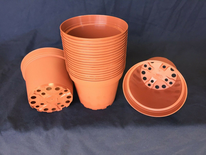 "Plastic Flower Pots, TO10D TC, Poppelmann 10 cm. (ap. 4"")  Lot of 20 New"