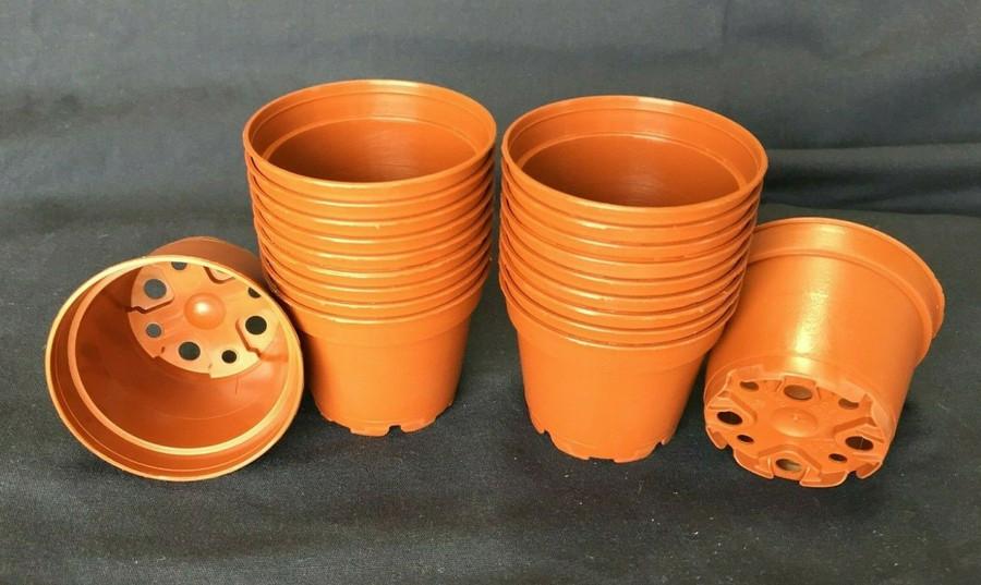 Plastic Pots, TO6D, Poppelmann 6 cm. Lot of 20 New