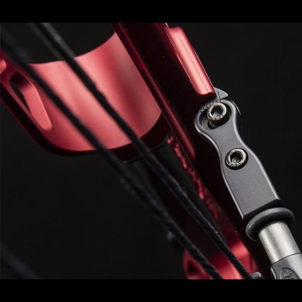 Hoyt Invicta 40 SVX Adjustable Cable Guard Bar