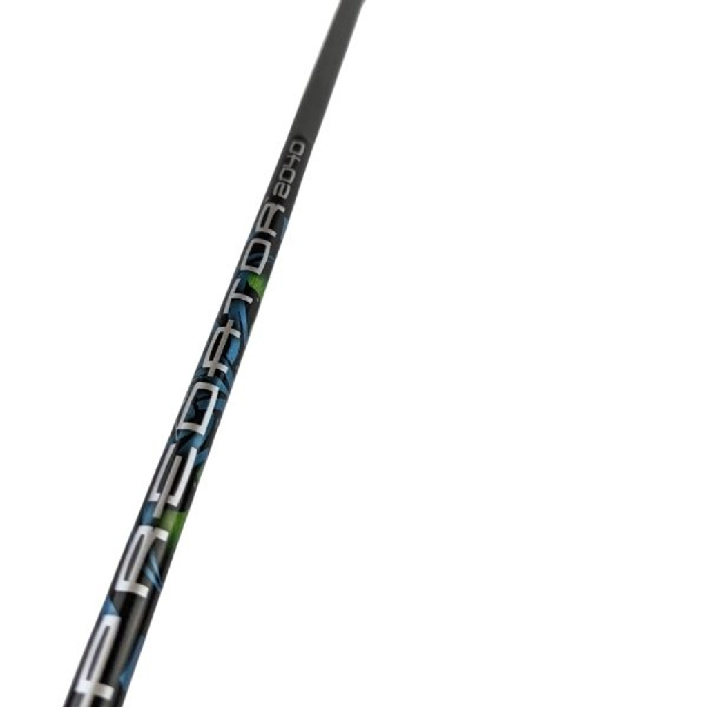 "Carbon Express Predator Arrow Fletched With 2"" Assault Vanes 2040"