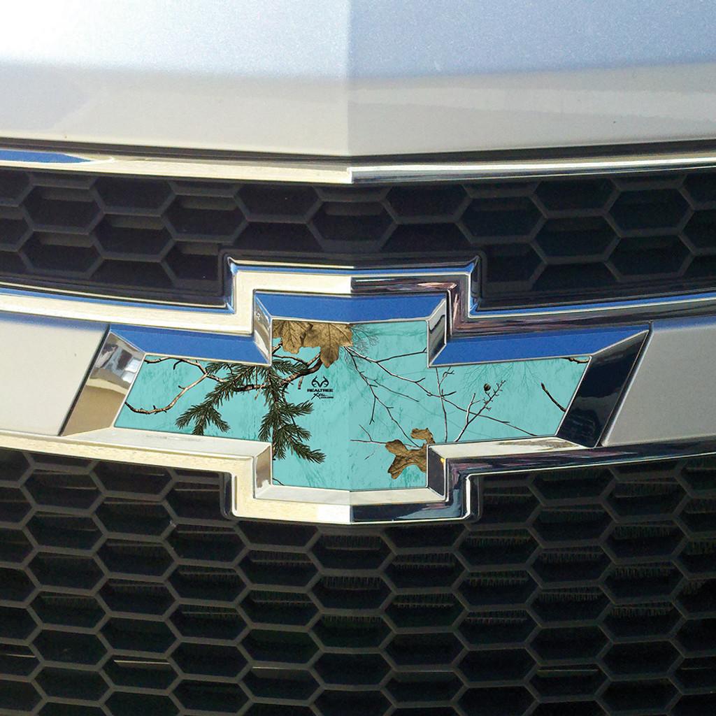 Realtree Auto Emblem Skin Decal Xtra Mint