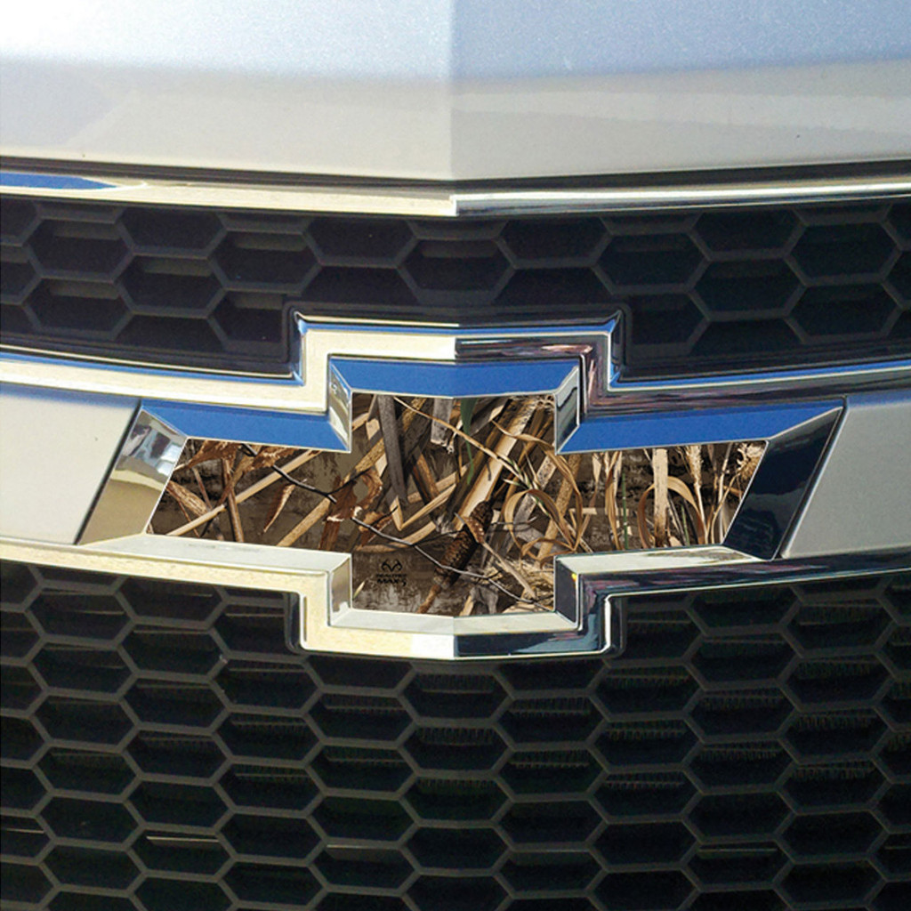 Realtree Auto Emblem Skin Decal Max-5