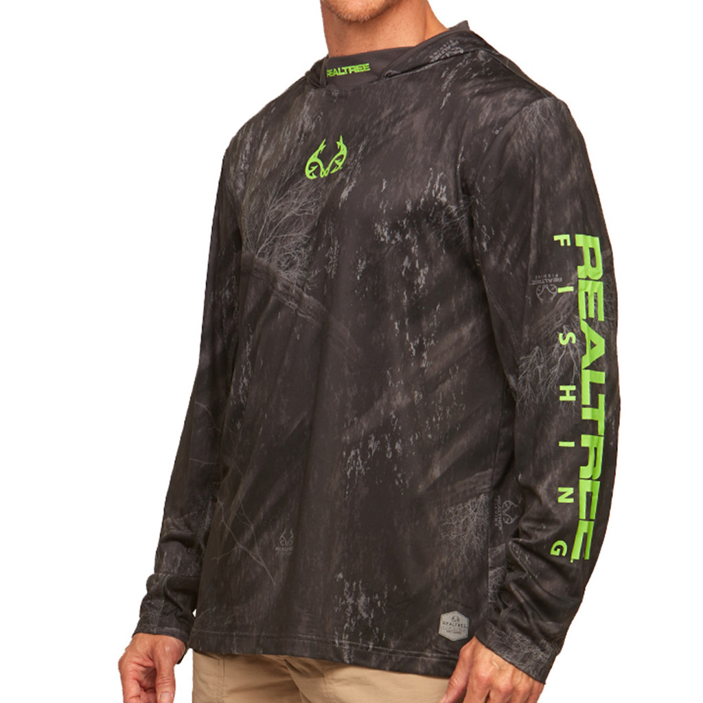 Cast Performance Long Sleeve Hooded Pullover in Black