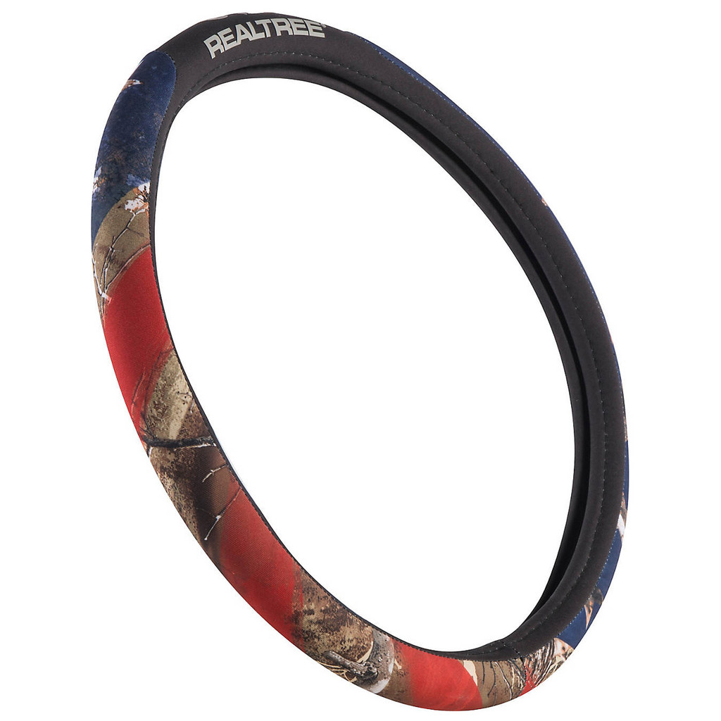 Realtree Edge/Americana Steering Wheel Cover