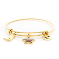 Realtree Country Girl Charm Bangle Bracelet in Gold Flat