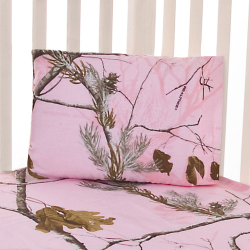 Realtree Fitted Sheet and Pillow Case Set in AP Pink