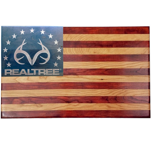 Realtree Veteran Made 13 Star American Flag Wall Decor