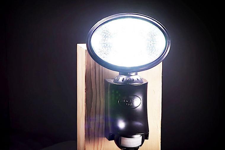Classy Caps Solar Motion Sensor Security Light SL500
