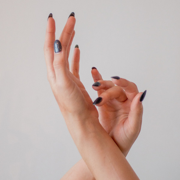 60 Minute Deluxe Manicure