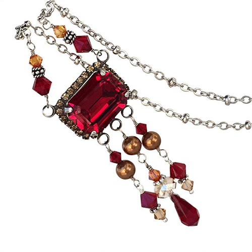 Red Crystal and Simulated Pearl Pendant Necklace made with Crystal from Swarovski